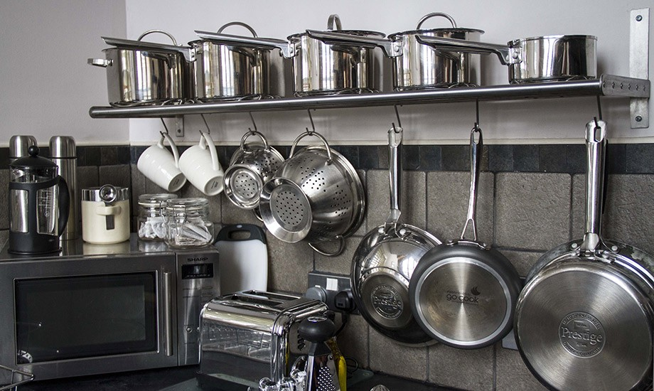 kitchen-saucepans-550