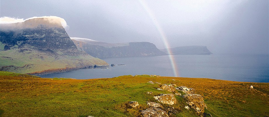Moonen-bay-isle-of-skye